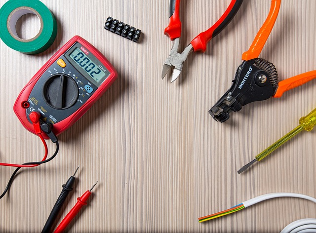 Use these kind of tools to troubleshoot issues with space heater.